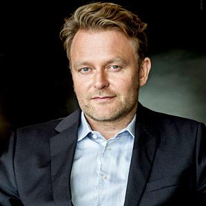 """Oliver Walser, Lehrer für Bühnenfechten an der Fritz-Kirchhoff-Schauspielschule """"Der Kreis"""""""